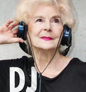 Wirginia Szmyt – DJ Wika – najbardziej roztańczona seniorka w Polsce