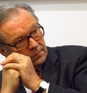 Znani seniorzy i ambasadorzy – Krzysztof Zanussi
